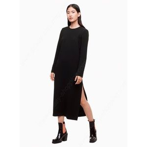 Aritzia Babaton 1-01 Black Wilhelmina Shift Dress
